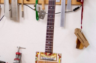 Cigar Box Guitar – 4 Cordes Huifkar