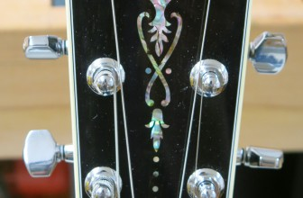 Installation micro piezo sur Martin Eric Clapton