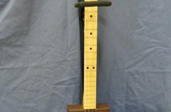 Cigar Box Guitar – 4 Cordes Flor de Selva